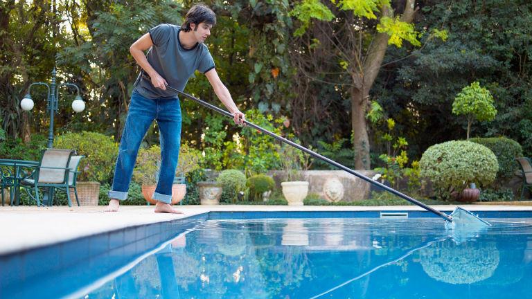 54ff5ad1d80f2-clean-pool-s2