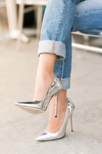 byrfd5-l-610x610-shoes-highheels-pointytoeheels-metallicshoes-silvershoes-edgy