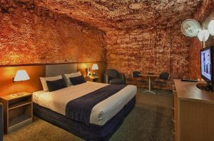 toodia_desertcavehotel