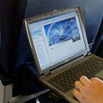 AS Tamatkan Larangan Komputer Riba Dalam Pesawat